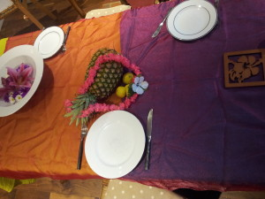 Hawaii Celebration table